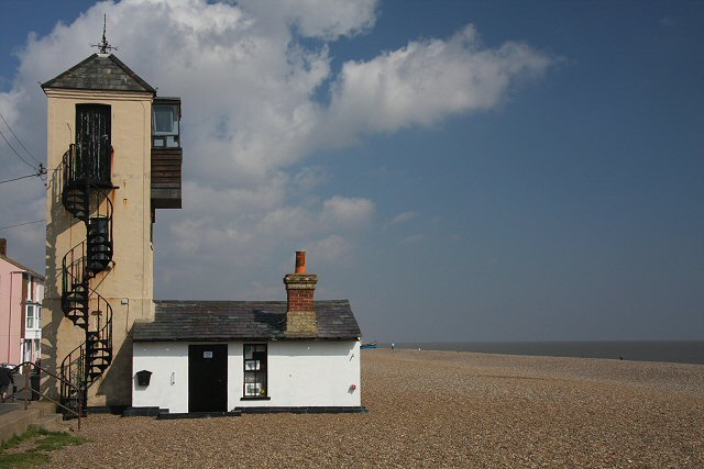 The Aldeburgh Beach South Lookout Project
